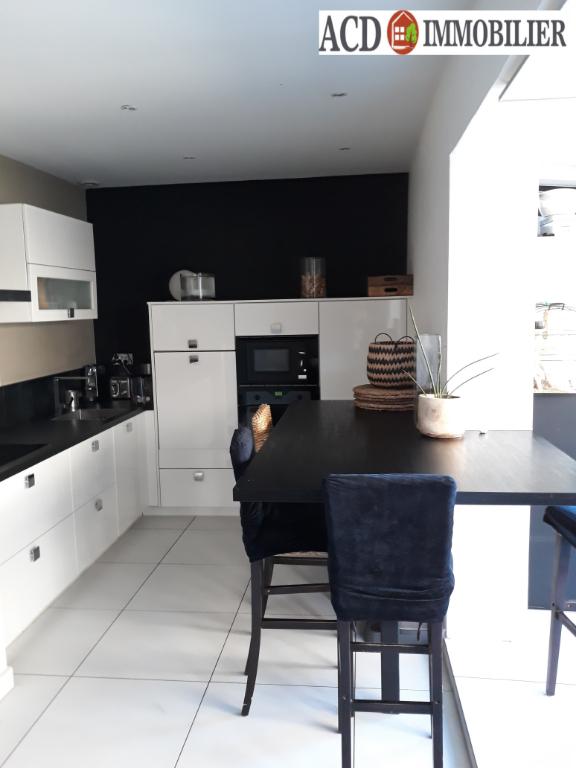 ROQUEFORT LA BEDOULE appartement T4